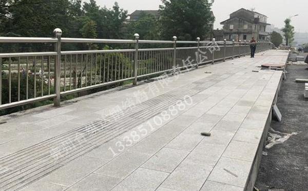贵州不锈钢护栏加工